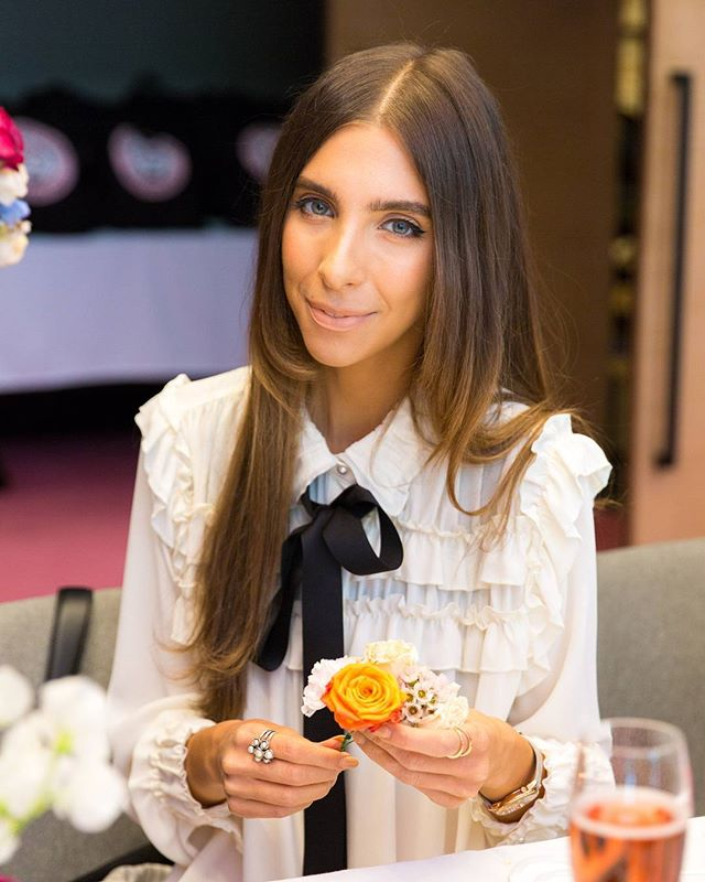 Photography for Hello Kitty @wearehellokitty #hellokittygang high tea at @QTMelbourne. Image: Blogger @alexiapetsinis (Alexia Petsinis). . Album on www.jamonyourcollar.com.au, link in bio. . @jam.on.your.collar.photography @stylecounselpr @toriallen_events @iscreamnails