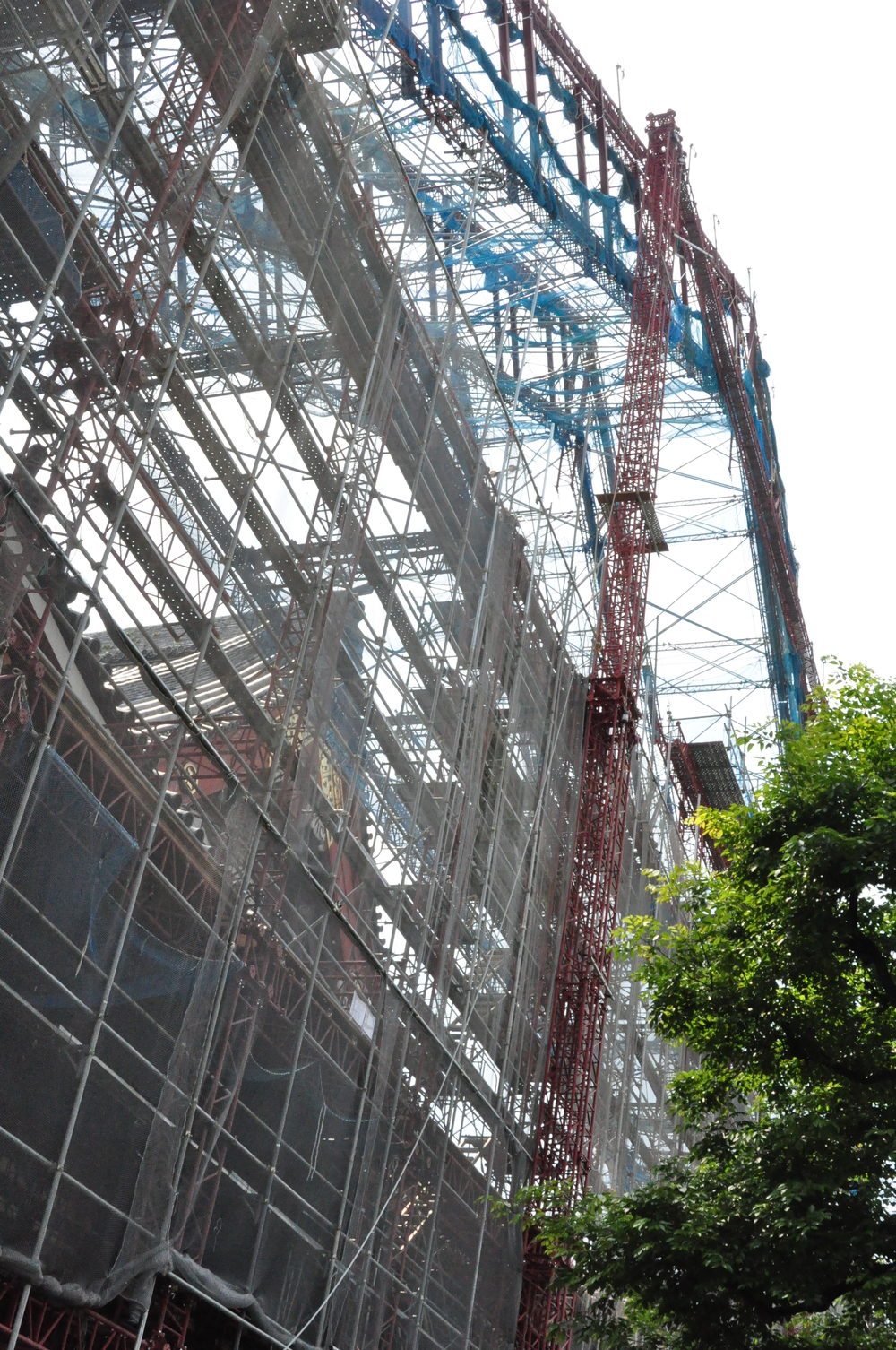 scaffolding at Sensoji