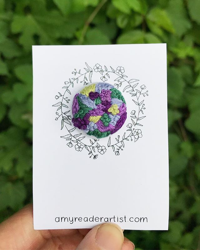 One of my favorite things about this series of pins was that I used a limited color palette for the series (all pulled from my favorite flowers) and used those colors to create a set of unique pieces that all look like they belong together. Much like flowers in a garden. See how I tied it all in there? 🌸 😉 - This one with the deeper purples might be my favorite out of them all. It reminds me of a dahlia and a big mural I painted in my junior year of college that was a 14'x6' purple flower! - Don't forget to snag a summer flowers pin - the link is in my profile. A portion of the profits of this series of pins goes to @aclu_nationwide as well!