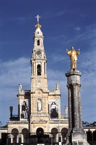 Basilica of Fatima, Portugal                         Image courtesy sacredsites.com