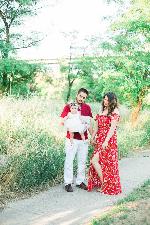 dragomir-family-summer2017-WEB (2 of 86).jpg