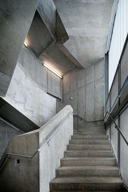 Concrete stairs rapson hall university of minneapolis for Cement art design