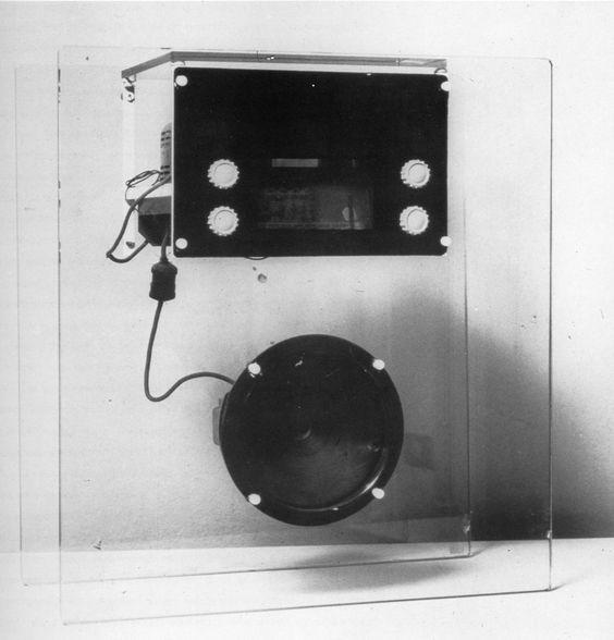 radio 1939 designed by italian neo rationalist architect and designer franco albini johannes. Black Bedroom Furniture Sets. Home Design Ideas