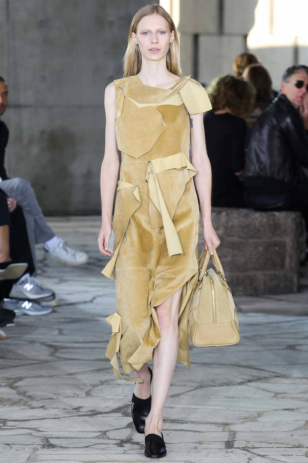 Loewe s/s 2015, look 1. Source: Style.com