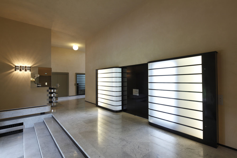 Vestibule-©-Robert-Mallet-Stevens-ADAGP-©-Jean-Luc-Paillé-CMN.jpg