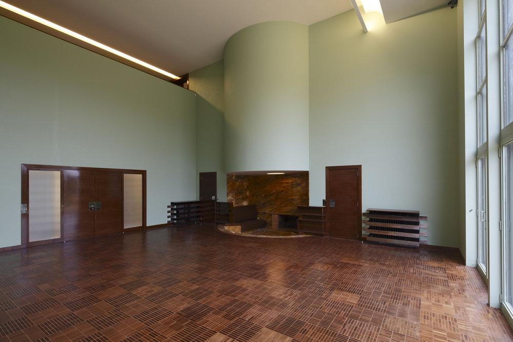 Hall-©-Robert-Mallet-Stevens-ADAGP-©-Jean-Luc-Paillé-CMN.jpg