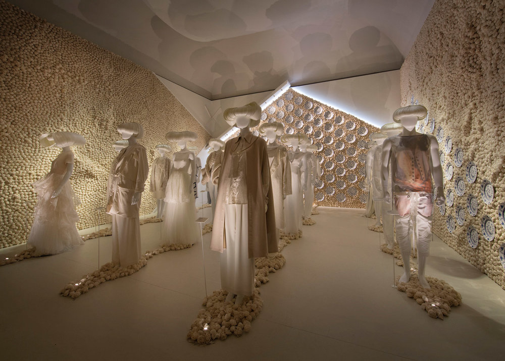 Fashion-Looks-Forward_Utopian-Bodies_Exhibition_Stockholm_dezeen_1568_19.jpg