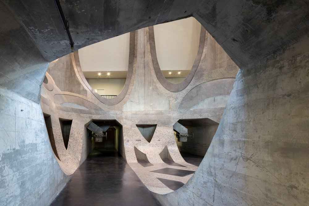 heatherwick-architecture-cultural-galleries-v-and-a-south-africa-interior_dezeen_2364_col_3.jpg
