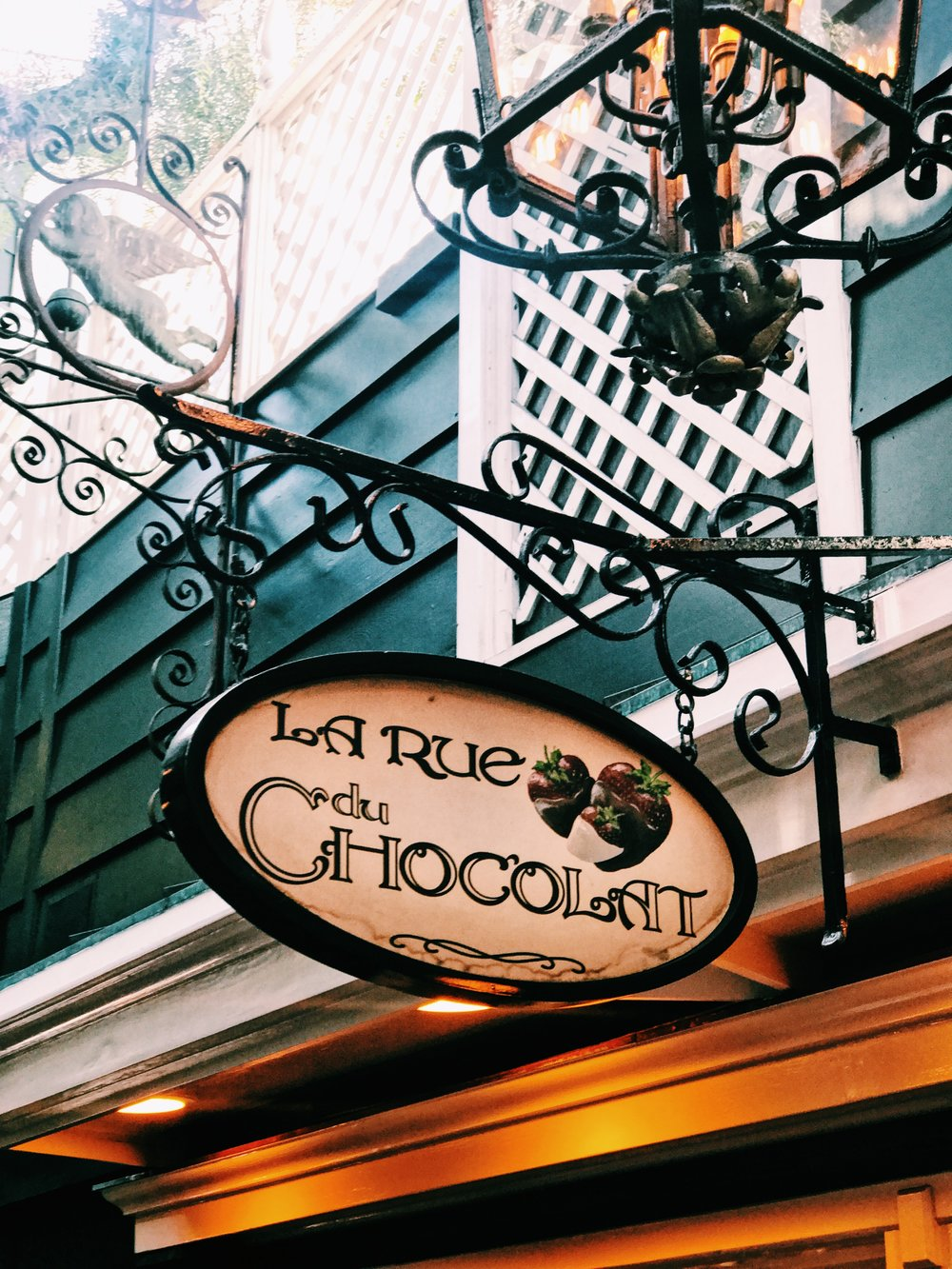 The table we had out first date is directly across from the sweetest little chocolate shop. It is literally a dream, so quaint, charming and cute.