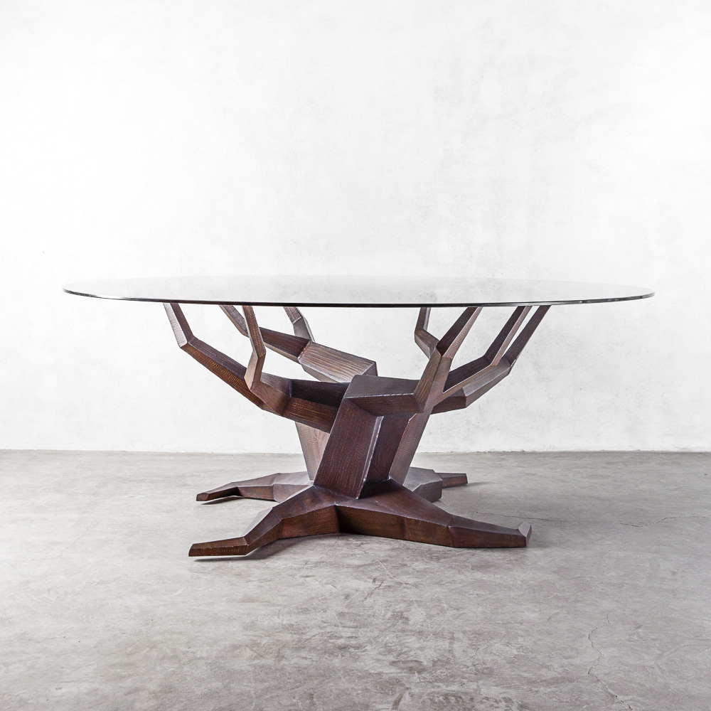 MOLAVE ROUND DINING TABLE