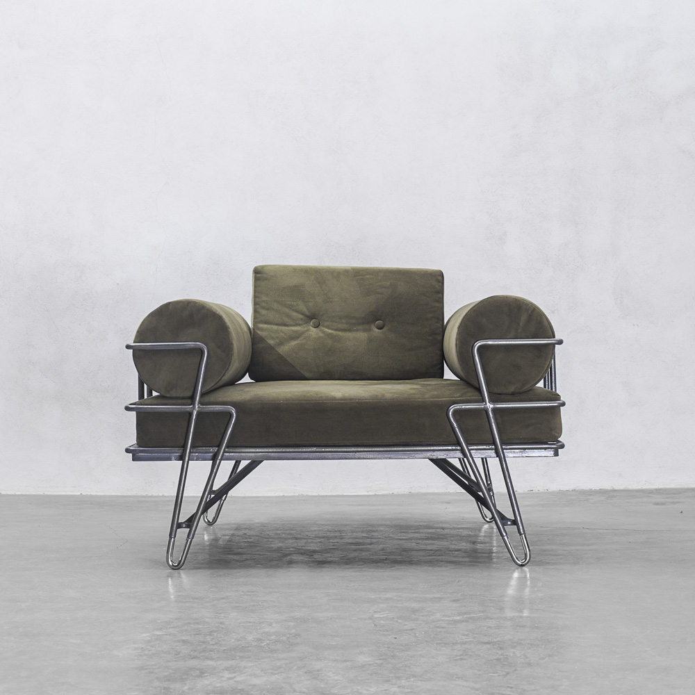 JURGENSEN LOUNGE CHAIR
