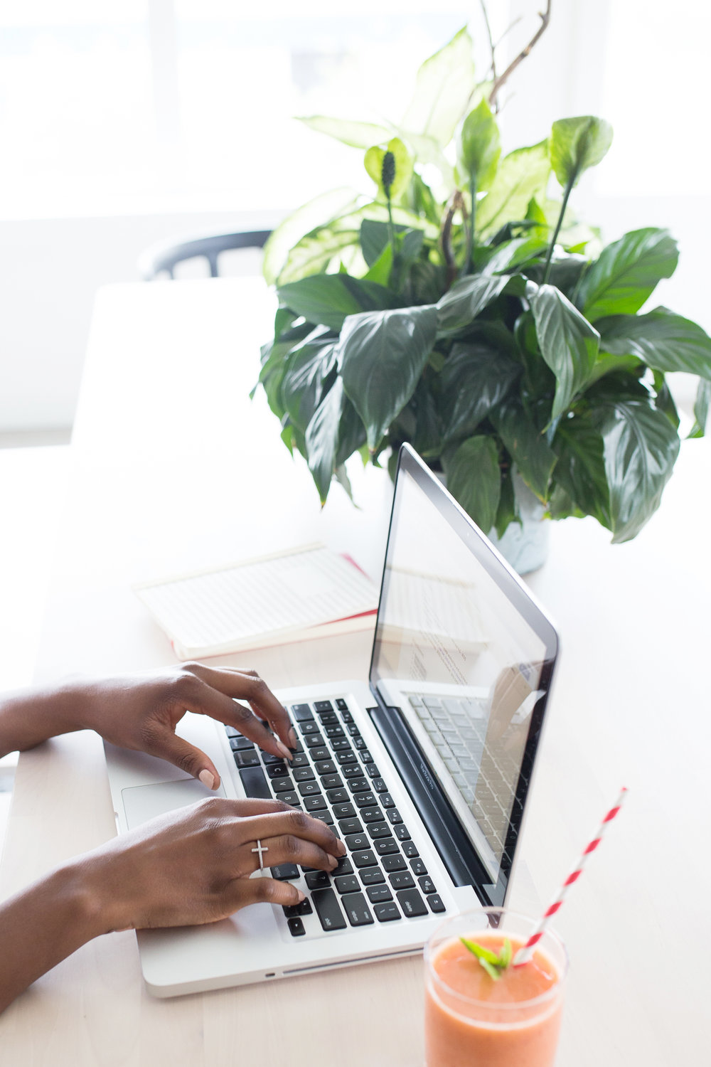 5 Online Courses To Grow Your Business | Sometimes you just don't *get* something - and that's completely fine. Here are 5 online courses from entrepreneurs and creatives that can teach you how to excel in areas that you might not *get*! This blog post is perfect for mindful business owners who want to see growth in their business as well as new bloggers and creative entrepreneurs.