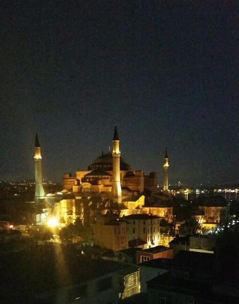 BEAUTIFUL VIEW OF THE BLUE MOSQUE FROM OUR HOTEL WINDOW