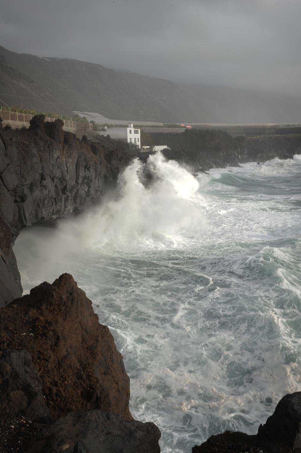 Kalliot ja aallot
