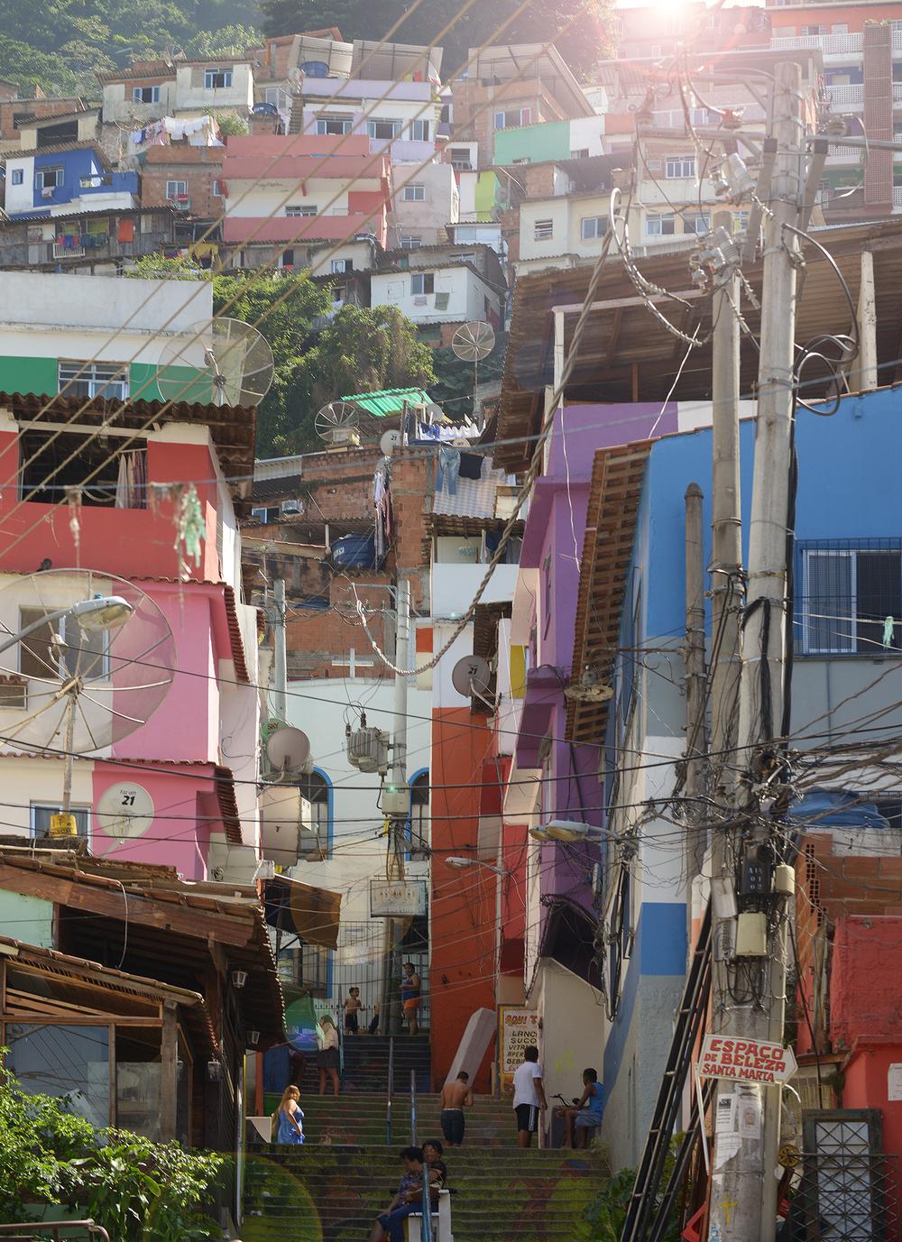 matka, matkablogi, brasilia, rio de janeiro, favela, värikäs