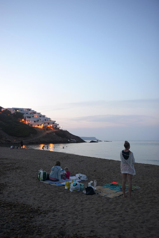 Matkablobi, Cala Tirant, Espanja, Menorca, yöranta, Välimeri