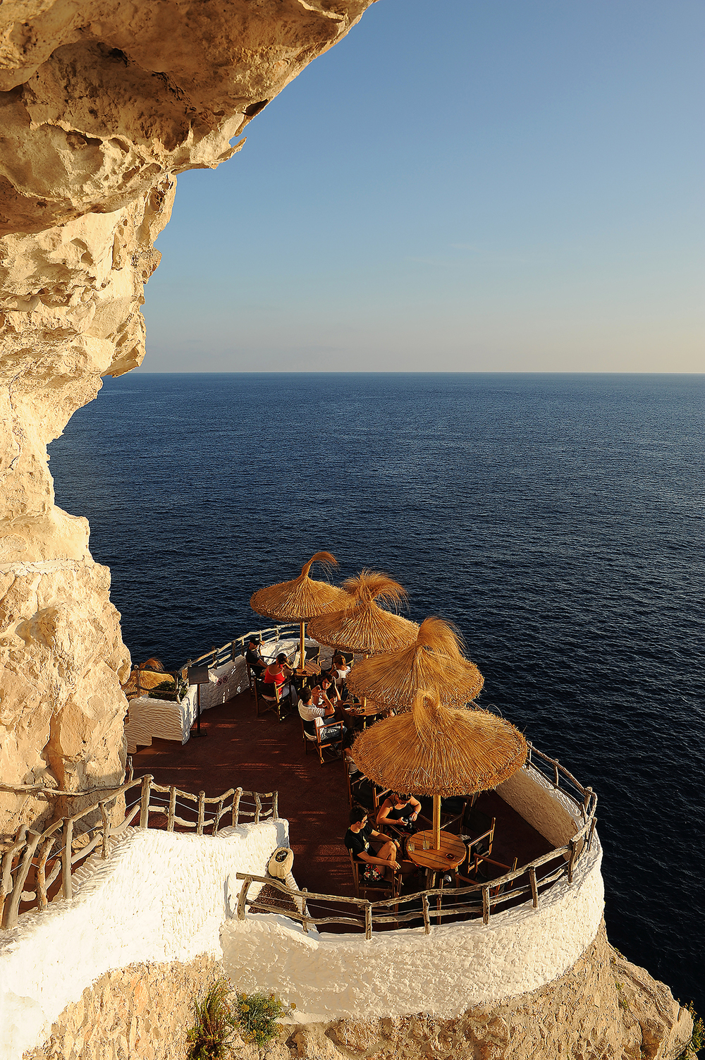 Matkabablogi, Menorca, Espanja, Cova d'en Xoroi, ilta, makta, rantaloma