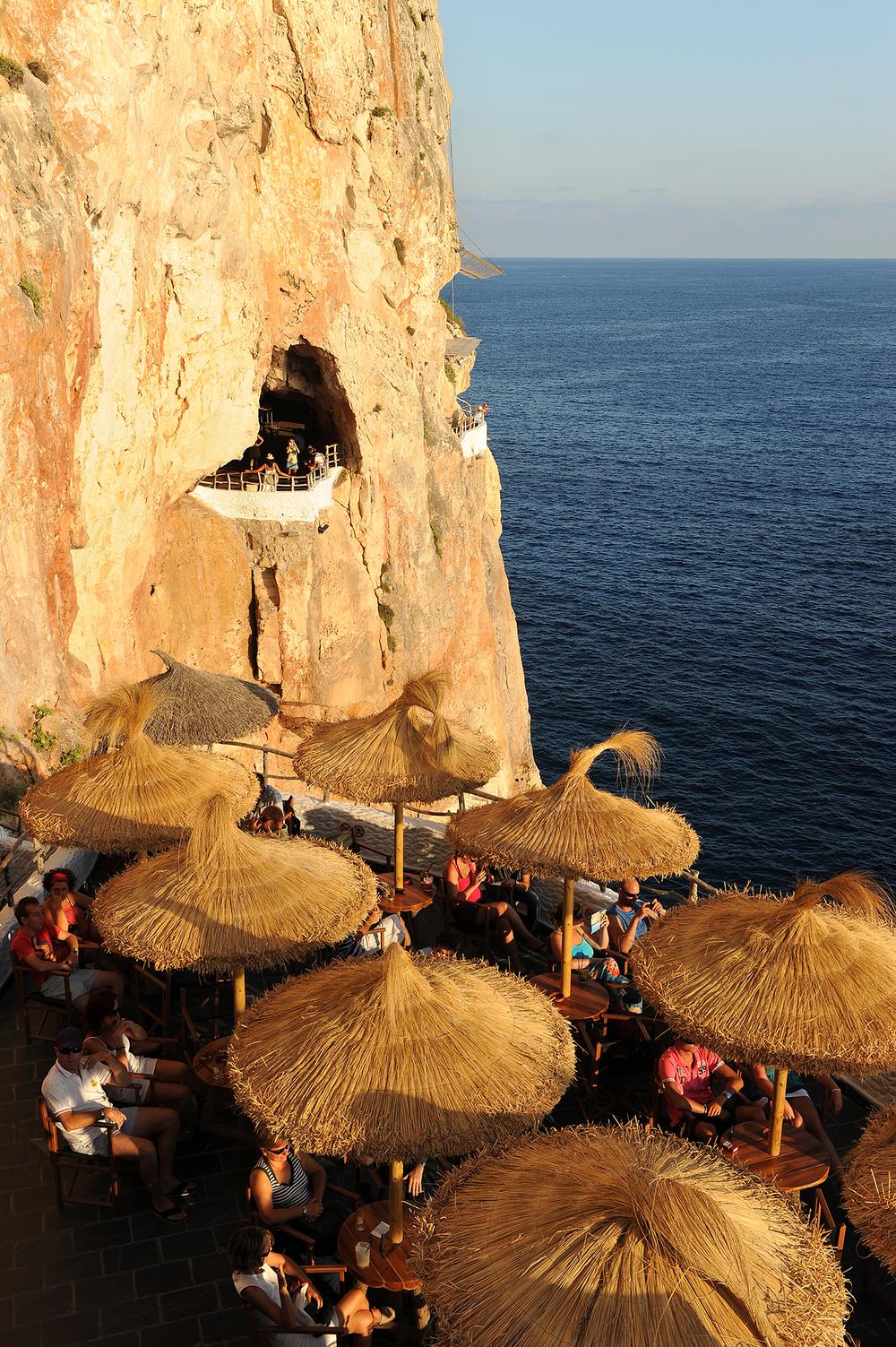 Matkablogi, Espanja, matka, Menorca, auringonlasku, terassi, meri