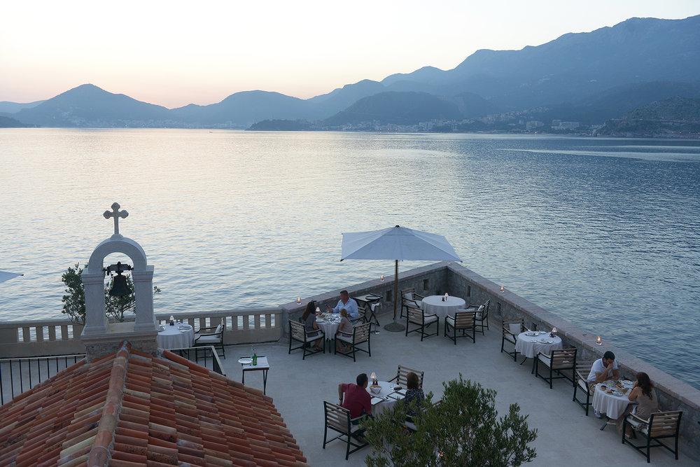 Montenegro, Sveti Stefan, Välimeri, kesä, matka, matkablogi