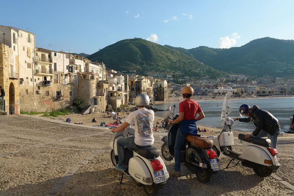 Sisilia, Italia, Cefalu, mopot, kesä, matka, matkablogi
