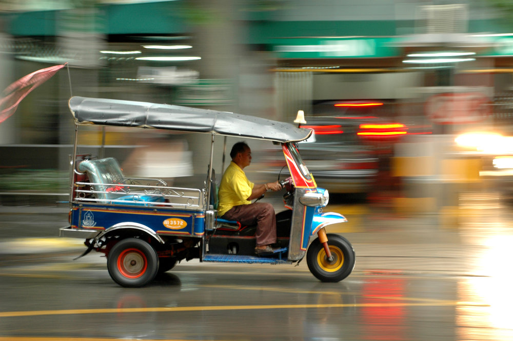 Thaimaa, Bangkok, tuk tuk, mopo, sade