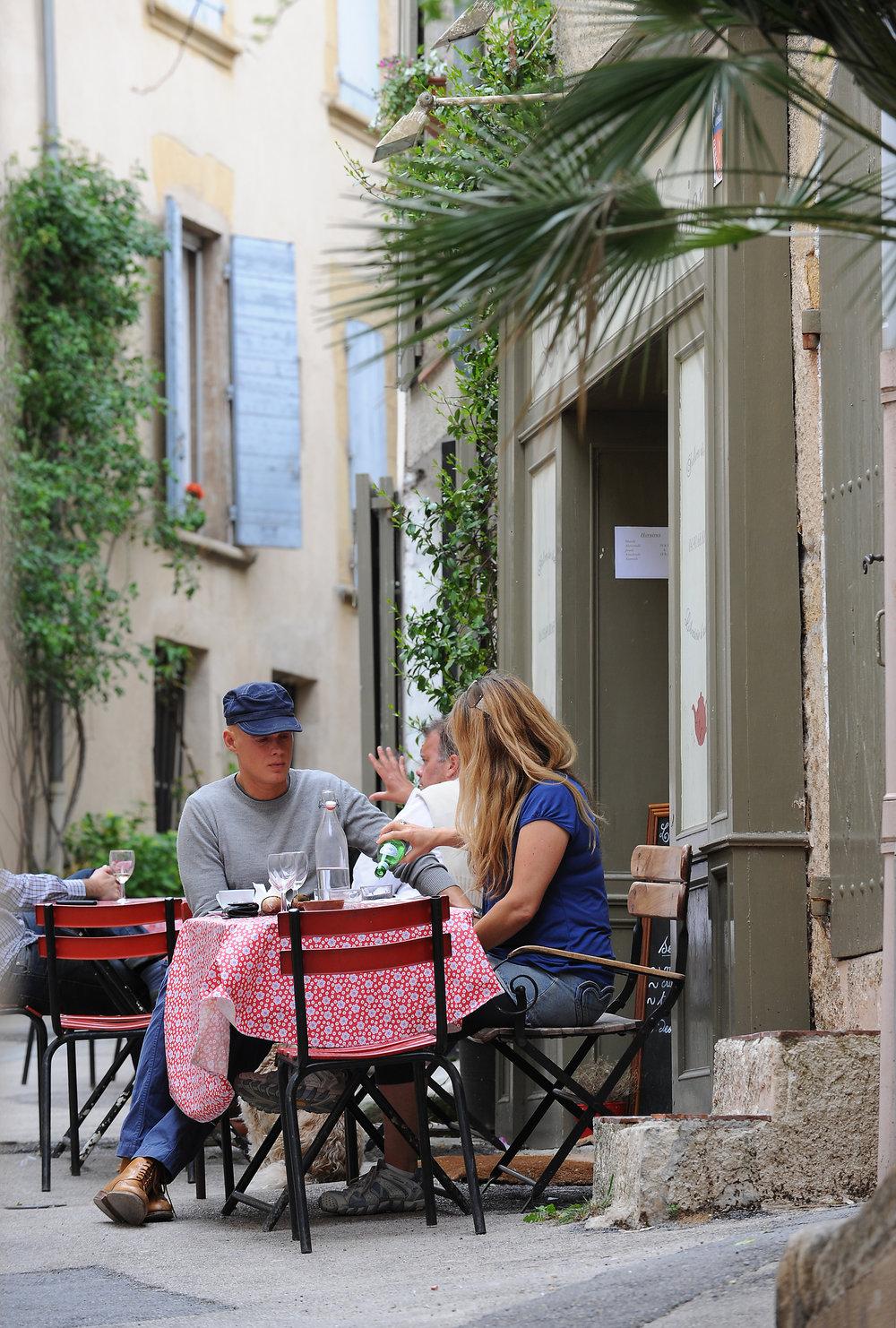 Ravintola, terassi, Provence, Ranska, Luberon, matka