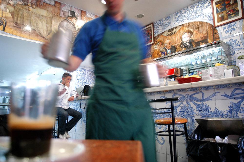 Madrid, espanjalaiset, kahvila