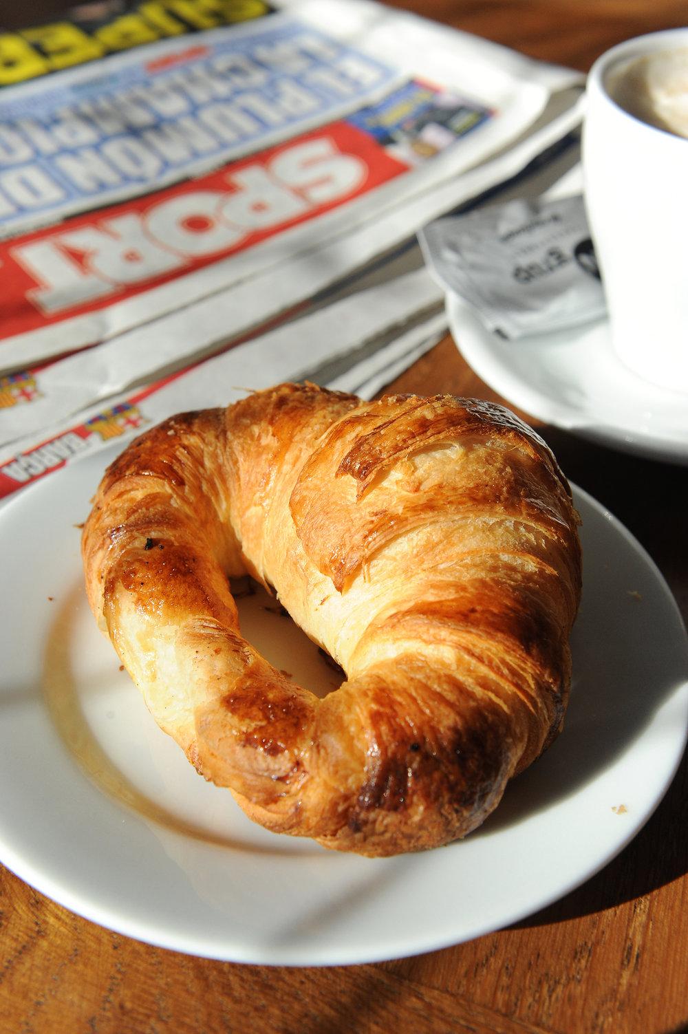 Barcelona, Espanja, croissant, voisarvi