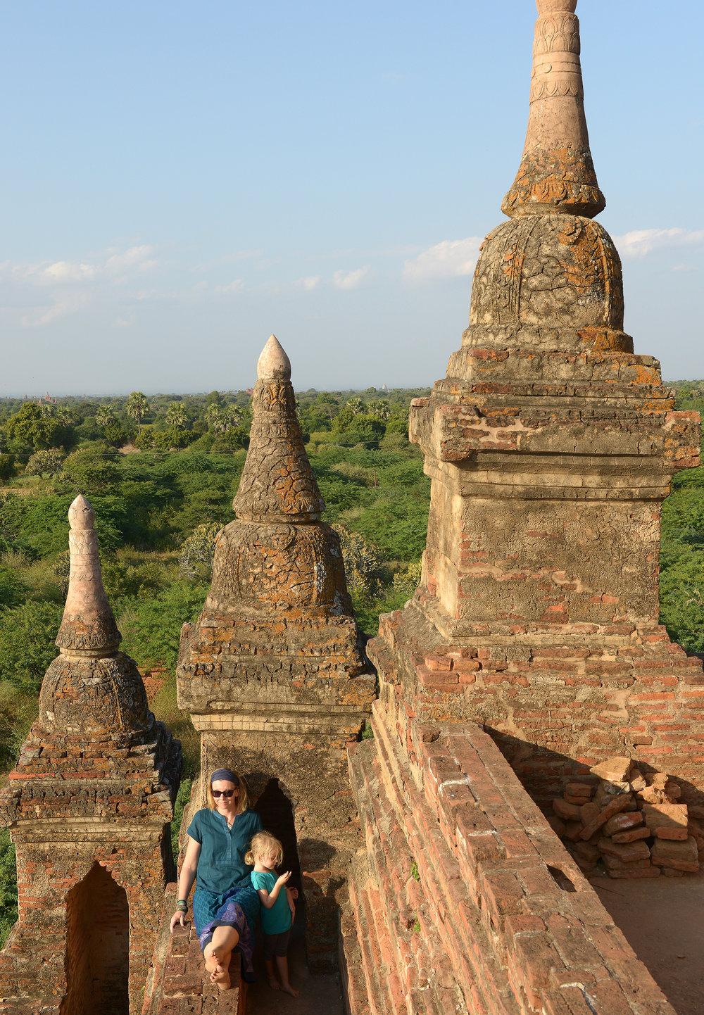 Bagan, lapsimatkailu, temppeli
