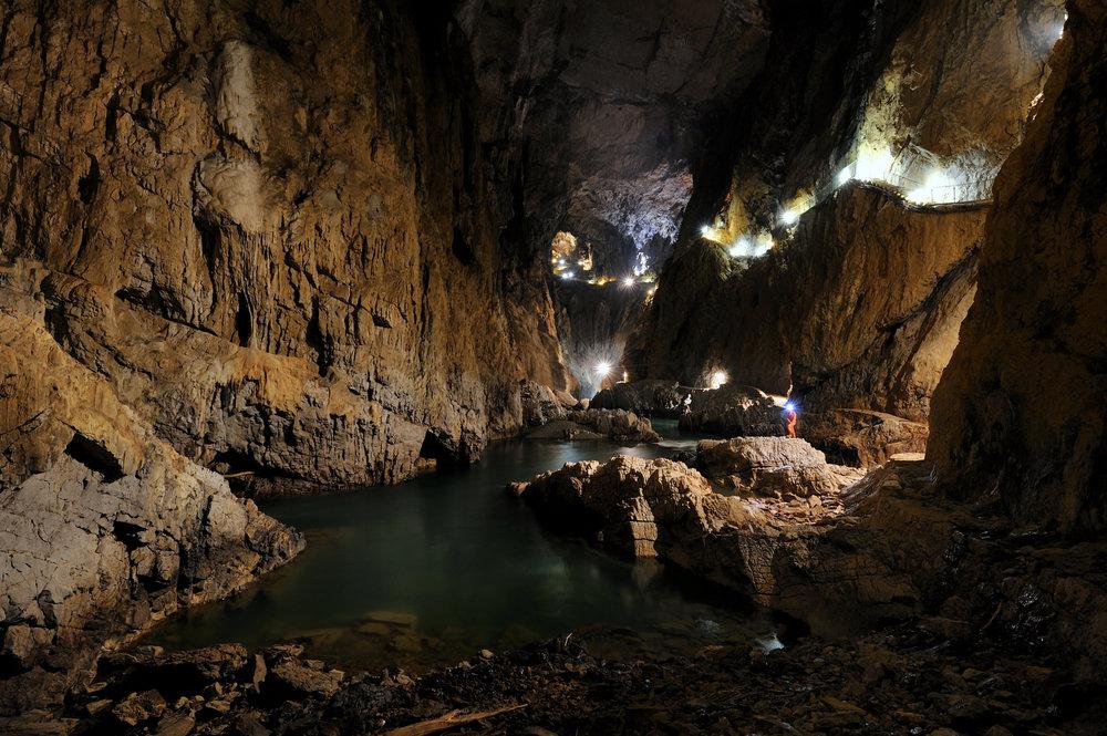Slovenia, Skocjan Caves, luola, tippukiviluola