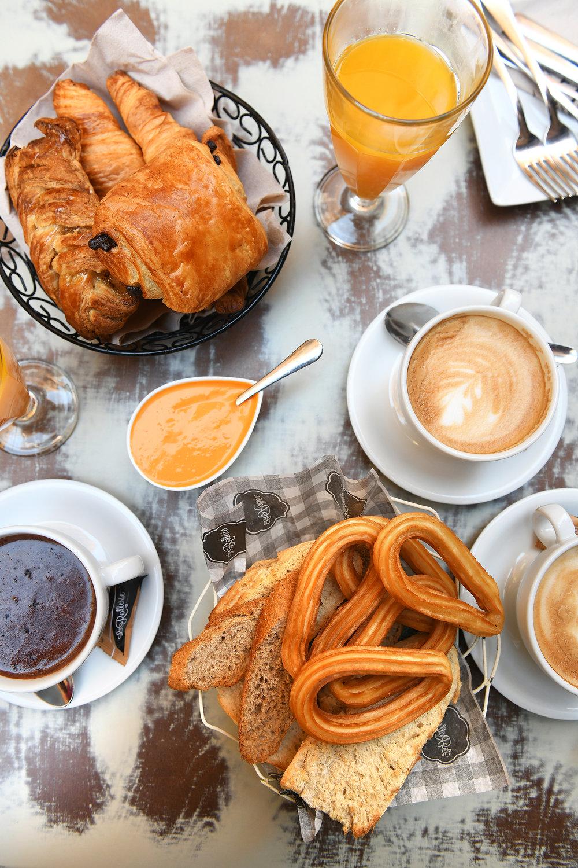 Aamupala, Madrid, ruoka