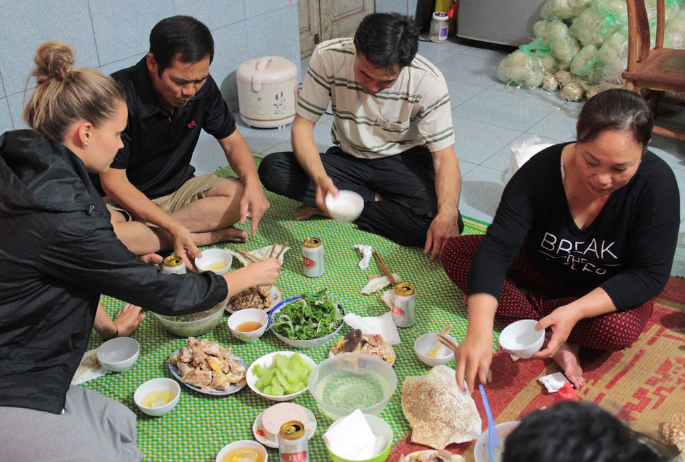 Duara_village_exp_Yen_phu_dinner.jpg