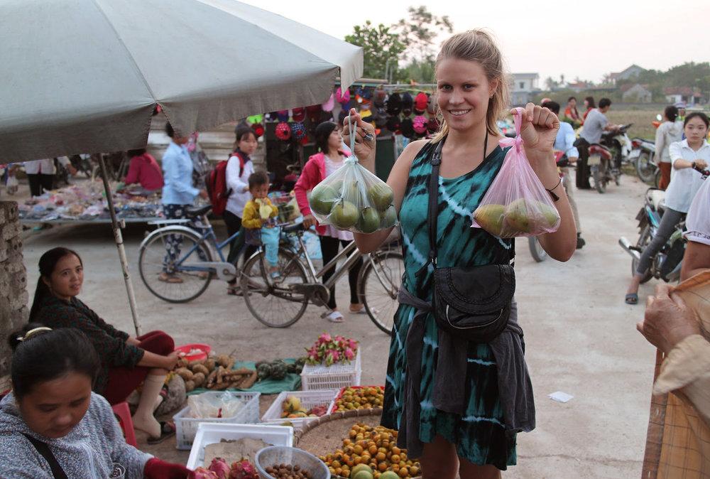 Duara_village_quynh_nqoc_market.jpg