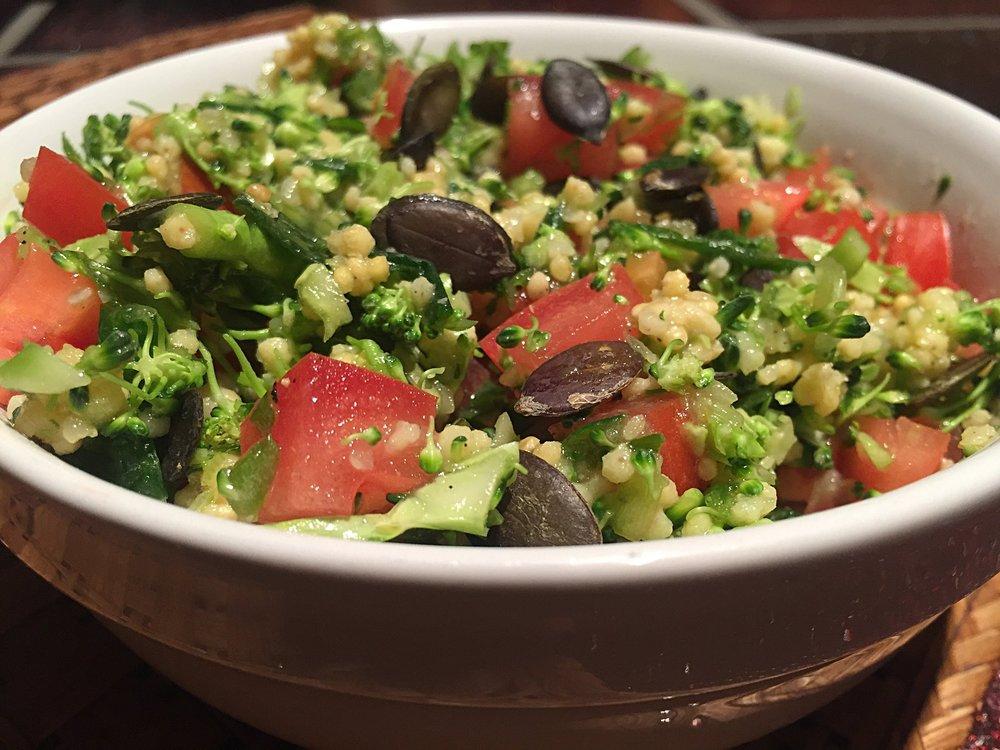 Broccoli-Hirse-Salat.JPG
