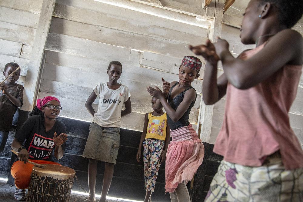20180702_WCH_DRC_Congo_Mulongwe_Burundian_refugee_camp_CFS_Safe_Space_Jeppe_Schilder_02.jpg