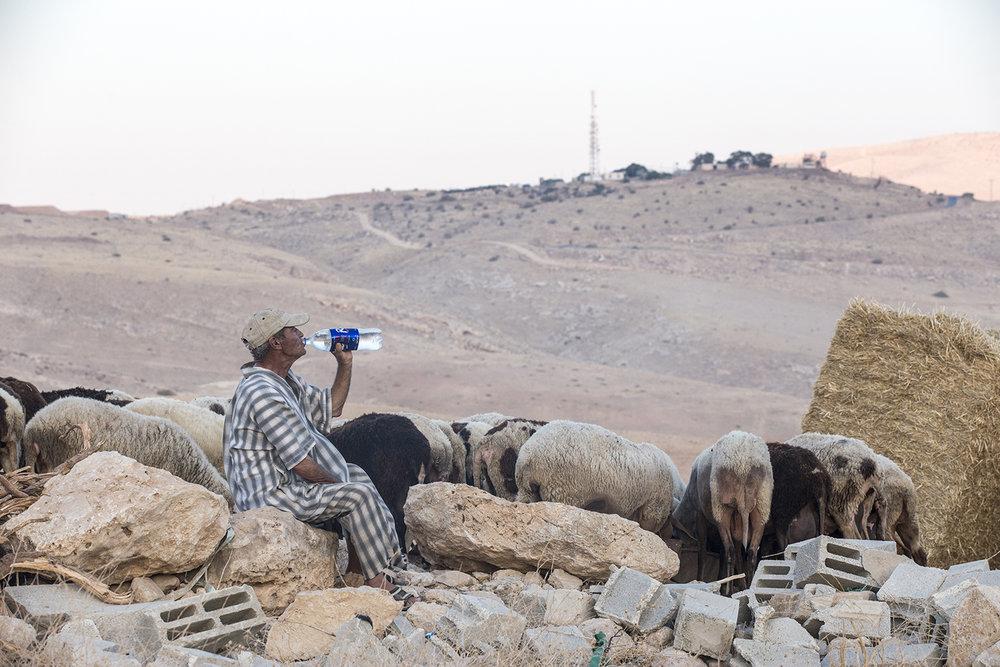 201608_caught_middle_occupation_Palestine_Israel_Jeppe_Schilder_06.jpg