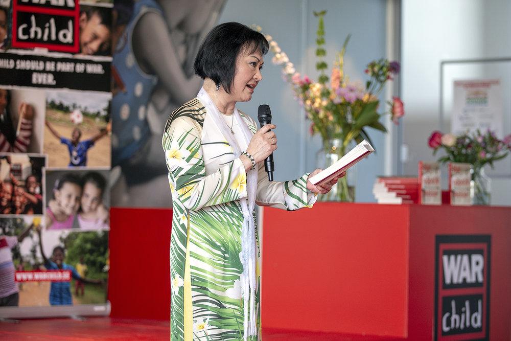 20180517_WCH_Kim_Phuc_napalm_girl_book_presentation_02.jpg
