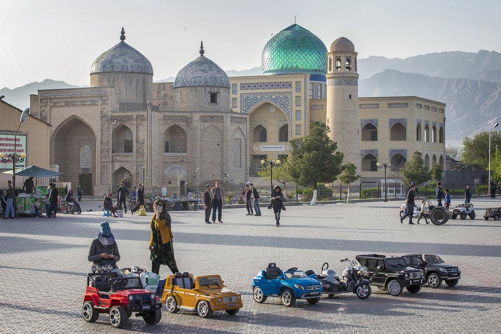 20180403_Tajikistan_Kushand_mosque.jpg
