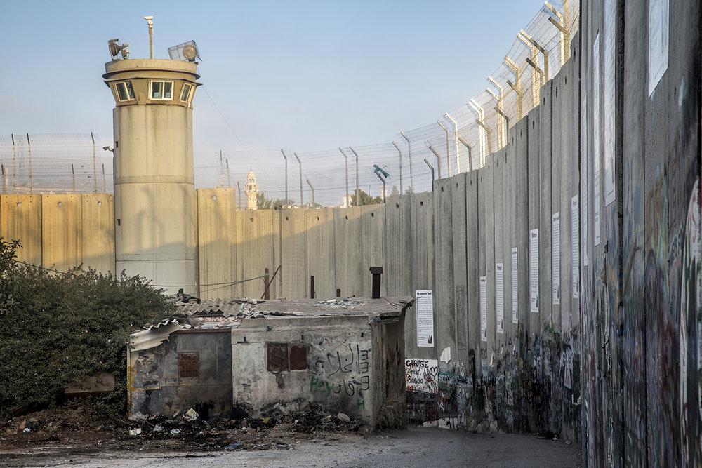 2016_Checkpoint_Israel_Palestine_Bethlehem_Jeppe_Schilder_06.jpg