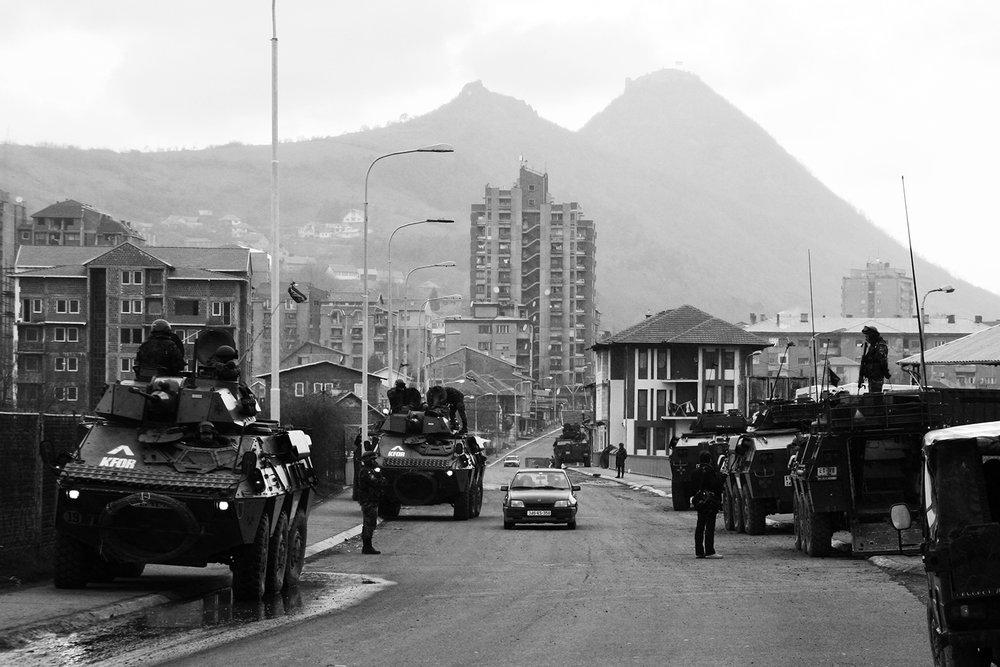2008_Kosovo_riots_Mitrovica_03.jpg