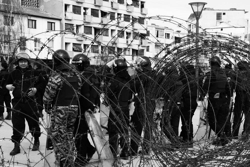 2008_Kosovo_riots_Mitrovica_02.jpg