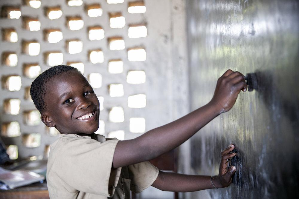 02_20150728_War Child-Ali Bukari-Kahunga primary school Lusenda-Jeppe Schilder.jpg