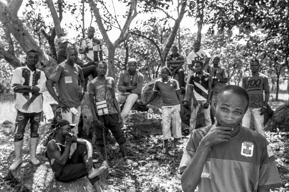 20160928-Bouar-Anti-Balaka leader Patrick Boutele Zemba-Jeppe Schilder-BW.jpg