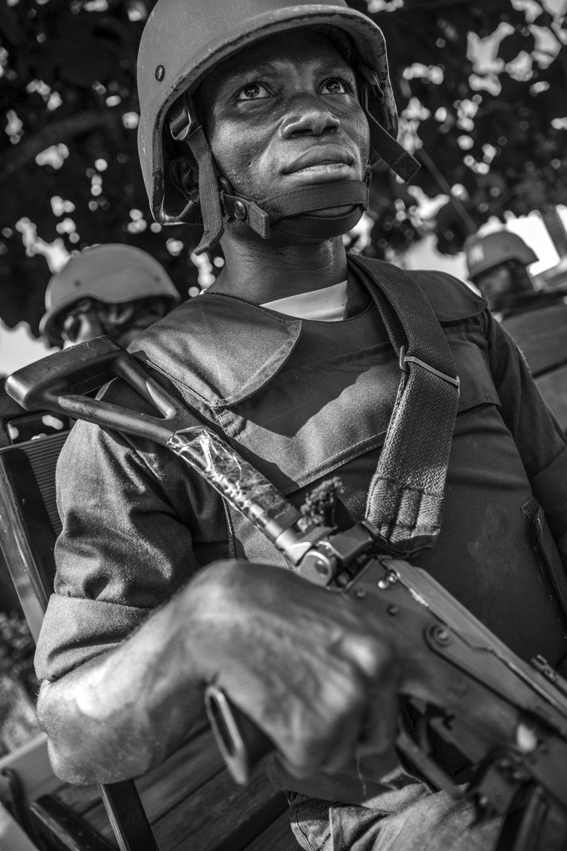 20160927-Bouar-UN Peacekeeper Cameroon-Jeppe Schilder-BW.jpg