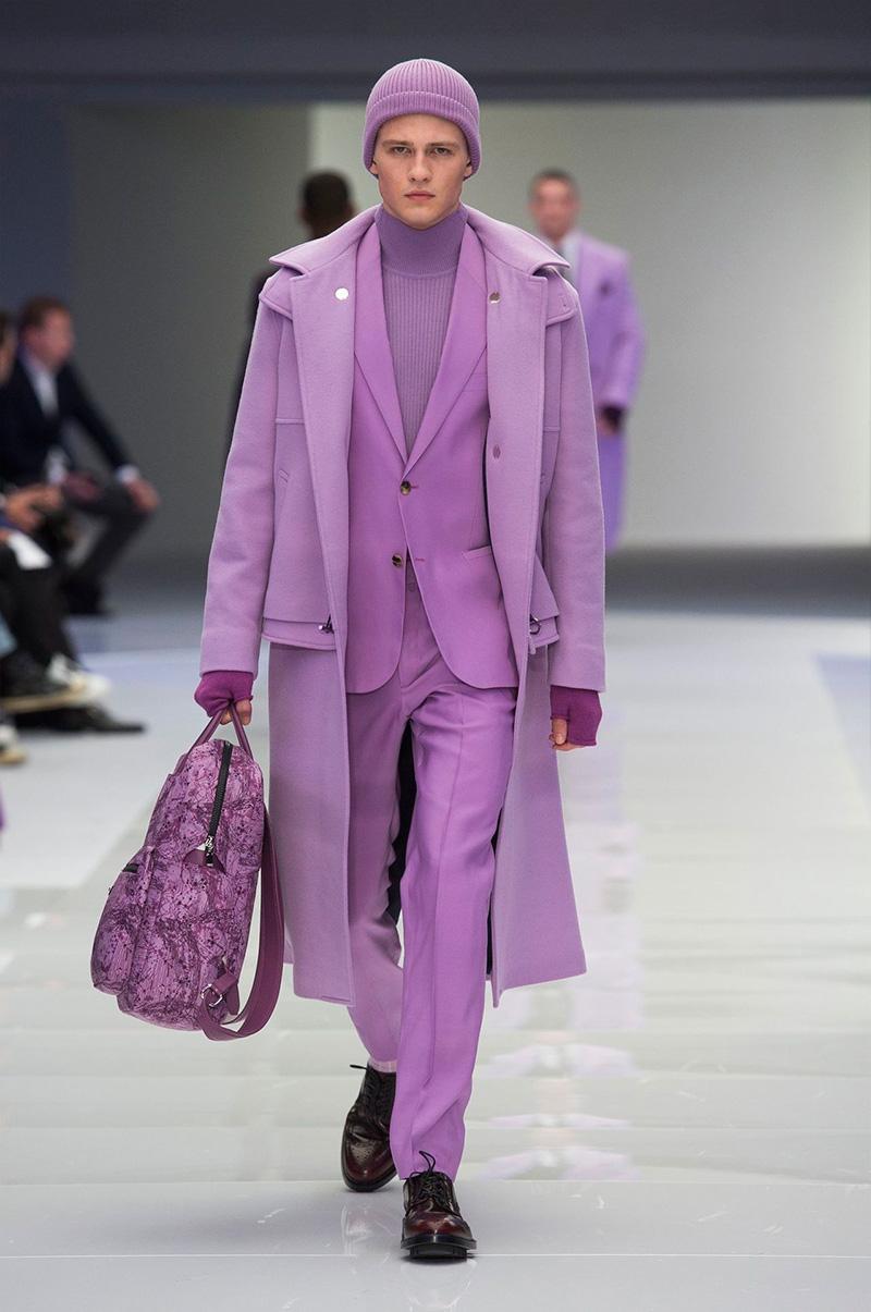 Versace_fw16_fy47.jpg