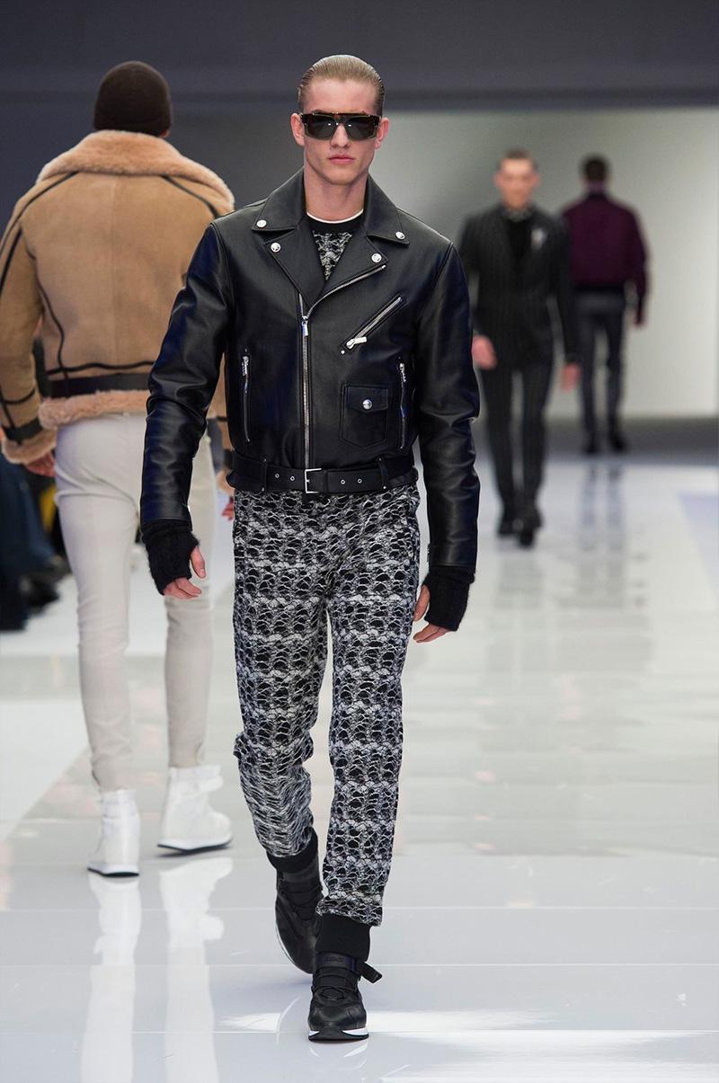 Versace_fw16_fy54.jpg