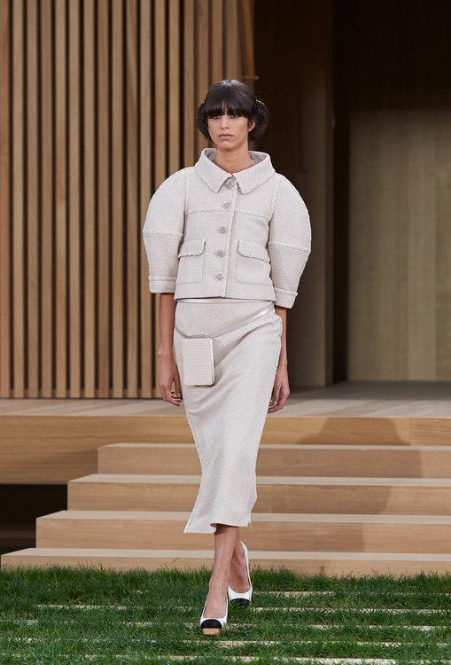 16SHC1.jpg.fashionImg.look-sheet.hi.jpg
