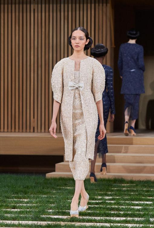 16SHC20.jpg.fashionImg.look-sheet.hi.jpg