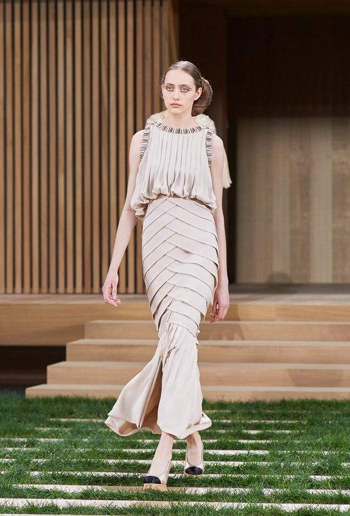 16SHC50.jpg.fashionImg.look-sheet.hi.jpg