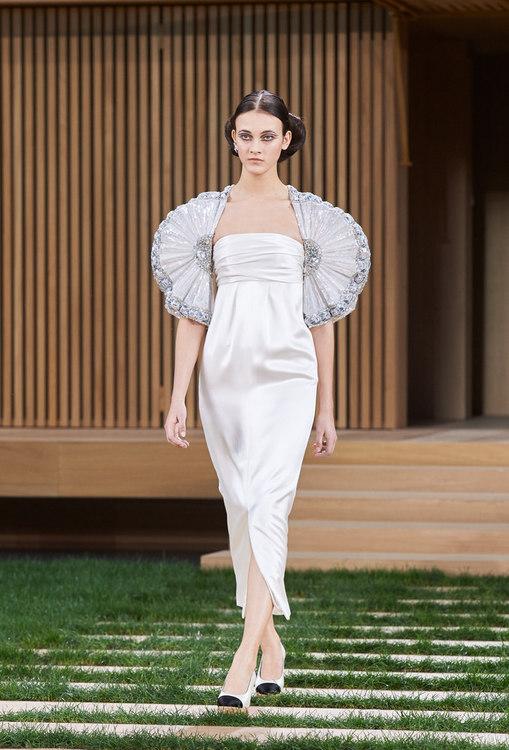 16SHC63.jpg.fashionImg.look-sheet.hi.jpg